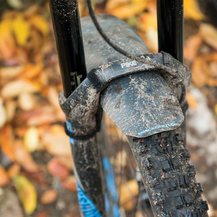 BLACKBURN Barrier Mud Guard black/grey přední blatník