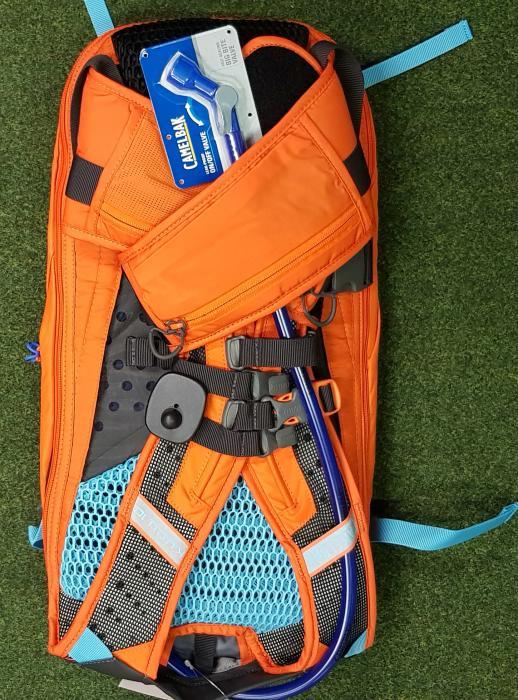 CAMELBAK Kudu Protector 10 batoh s chráničem páteře red orange/charcoal, S/M