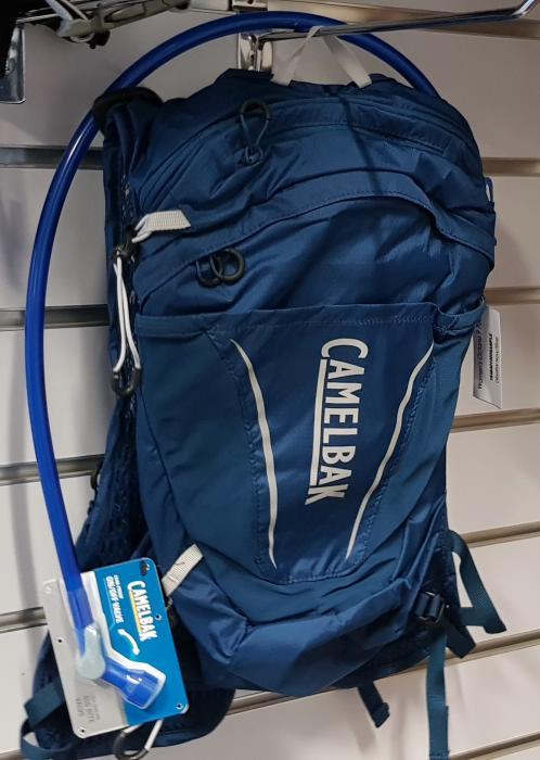 CAMELBAK Octane 9 dámský batoh s pitným vakem navy/silver