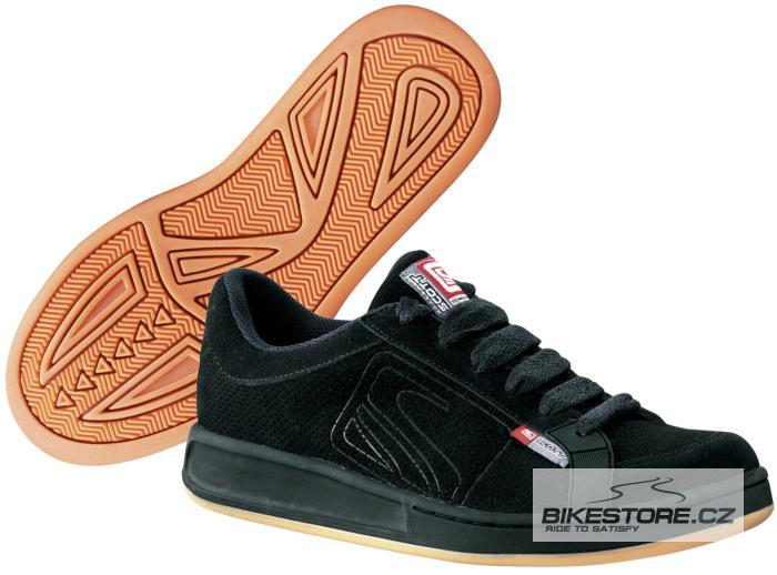 SCOTT Classic Black boty (206370) Velikost 47, černá barva